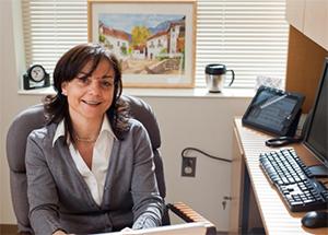 Dr. Esperanza Román-Mendoza